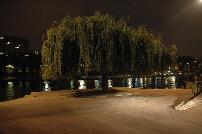 Paris15_0310.JPG