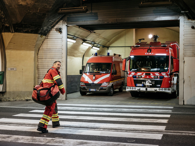 Firefighter station in the middle of the tunnel (18), Proteus fire truck on the right. The personon the left is Rudy Fassin, direct response crew (professional firefighter) - Samuel Zeller for the New York Times