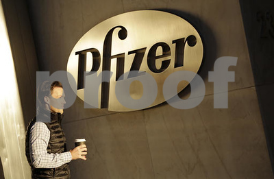 drugmaker-pfizer-decides-not-to-break-up-business