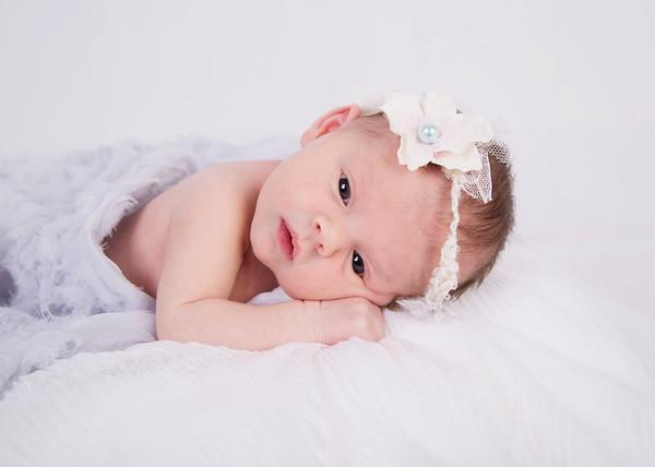 Caroline (Britton Newborn 2019)