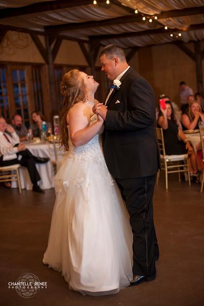 CRPhoto-White-Wedding-Social-492.jpg
