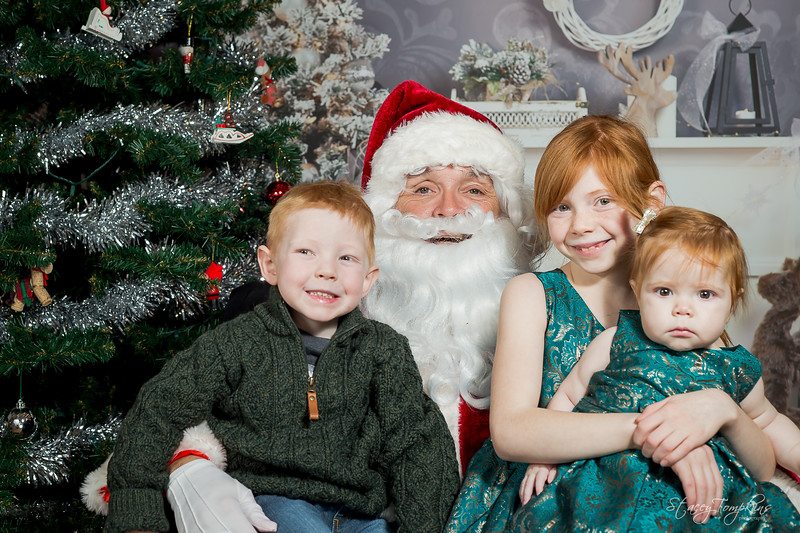 StaceyTompkinsPhotography-Santa2018 (73 of 79).jpg