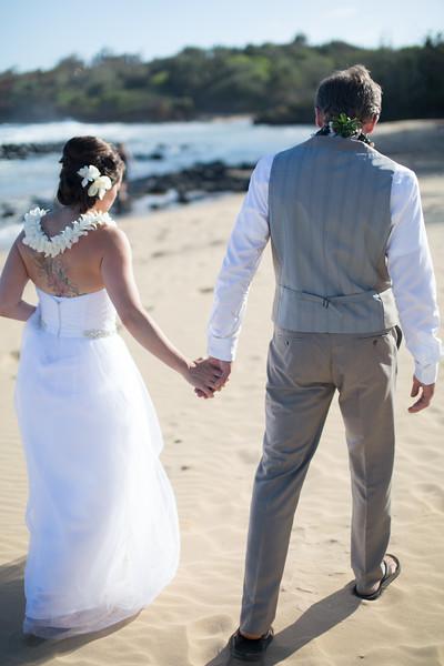 gillin beach kauai wedding-140.jpg