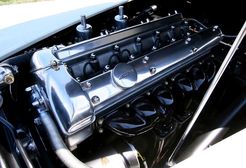 Super XK120!