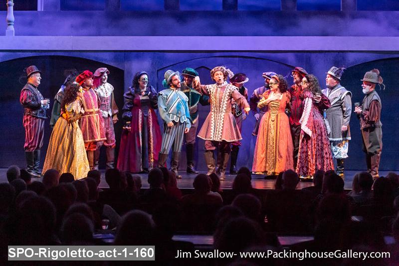 SPO-Rigoletto-act-1-160.jpg