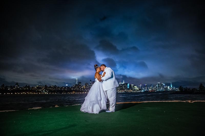 MER__1225_tonya_josh_new jerrsey wedding photography.jpg