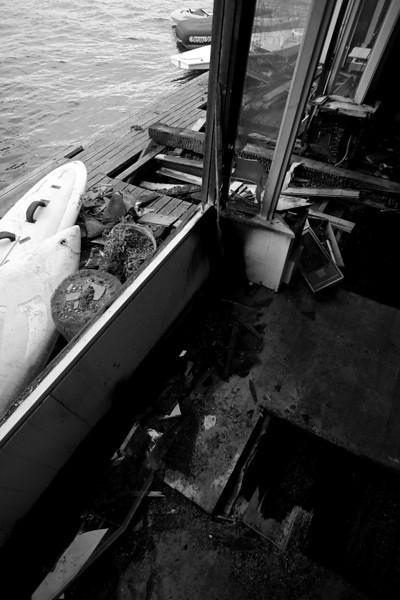 _MG_9239~-(Houseboat_fire).jpg