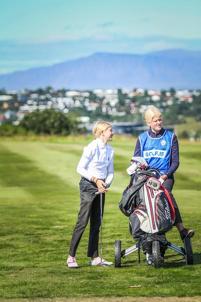 GR, Perla Sól Sigurbrandsdóttir, Signý Marta Böðvarsdóttir Íslandsmót í golfi 2019 - Grafarholt 2. keppnisdagur Mynd: seth@golf.is