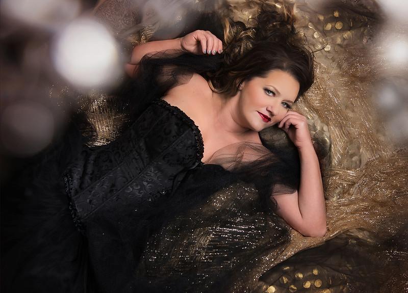 romantic elegant boudoir portraits iowa marion - 50.jpg