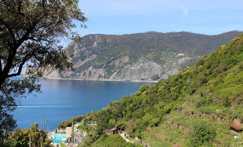 Italy-Cinque-Terre-Hiking-Blue-Path-Trail-08.JPG