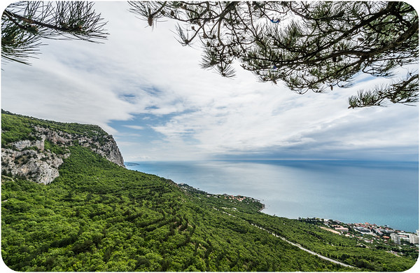 Yalta and Around