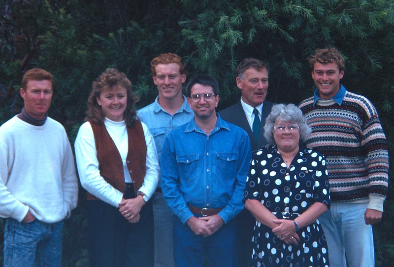 Family in front of Dandenong Show Office.jpg