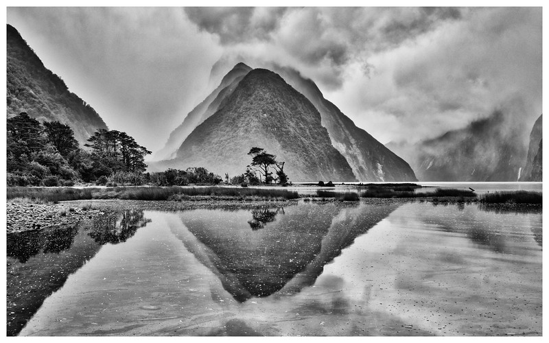 bw-milford-sound-reflection-new-zealand.jpg