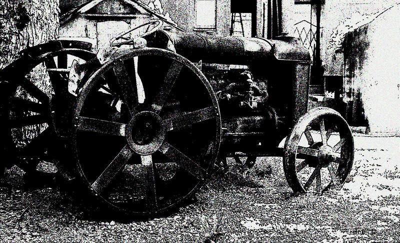 tractor 5-13-2007.jpg
