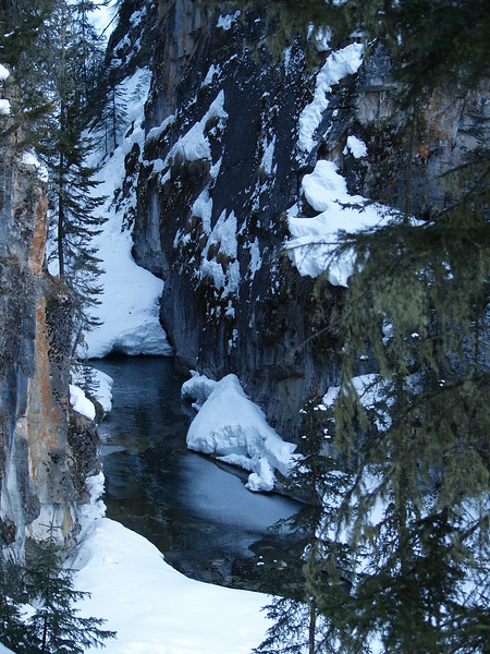 Banff and Johnston Canyon 035.JPG