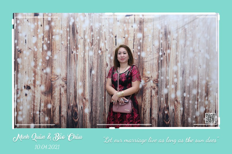 QC-wedding-instant-print-photobooth-Chup-hinh-lay-lien-in-anh-lay-ngay-Tiec-cuoi-WefieBox-Photobooth-Vietnam-cho-thue-photo-booth-102.jpg