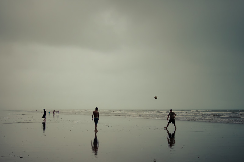 Canoa rainy day beach 2.jpg