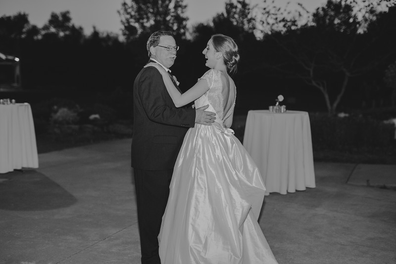 Amy+Andy_Wed-0603 (2).jpg