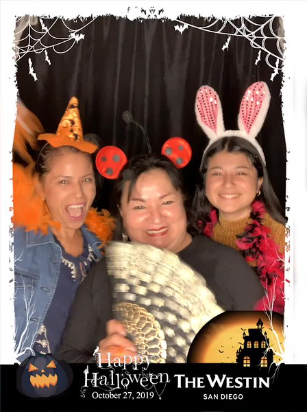 Westin_Halloween_Party_2019_boomerang_5.mp4