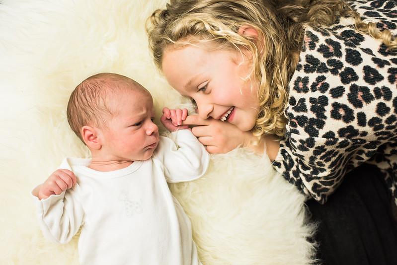 Newborn-Louise (98 van 142).jpg