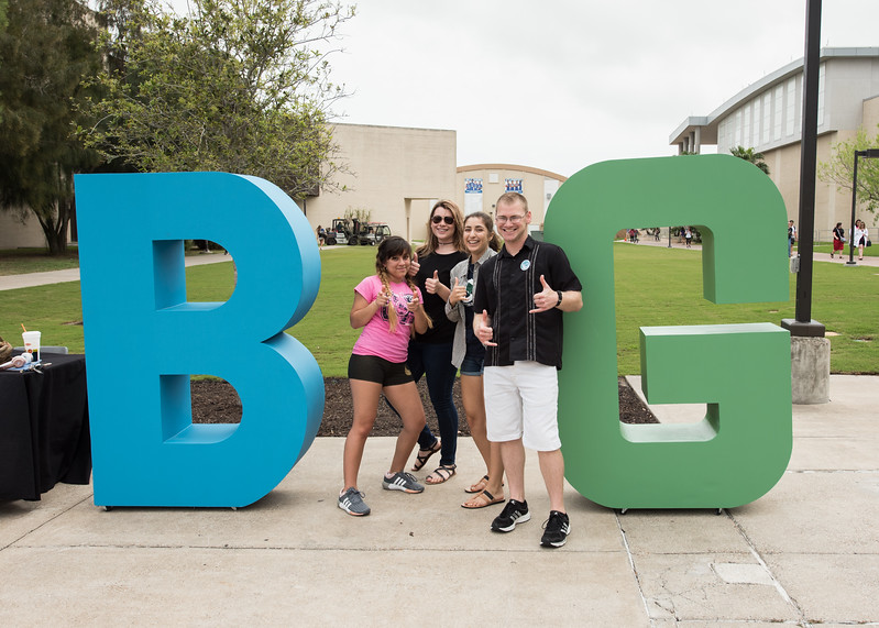 Students Andria Garza(left), Phebe Leach, Megan Greige, and Garrett Brundage pose for a quick photo.