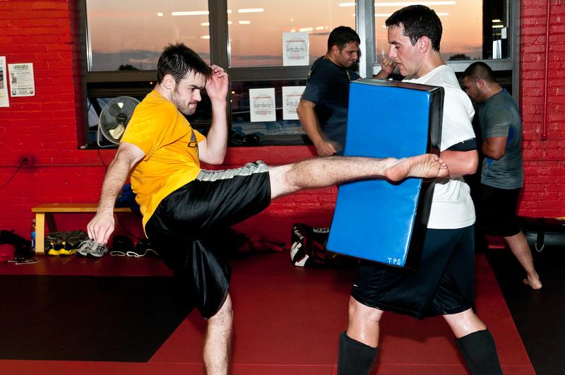 Kickboxing Class 7-28-2011_ERF5381.jpg