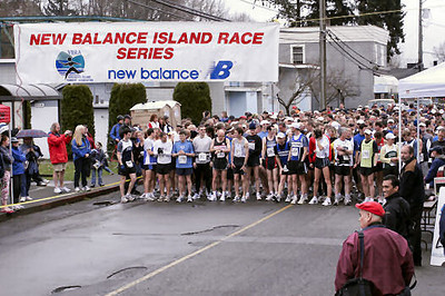 2005 Comox Valley Half Marathon - ComoxHalf2005-Al-Livsey-008.jpg