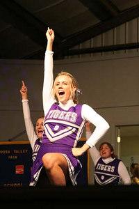 DS Cheerleaders at Coosa Valley Fair 2005