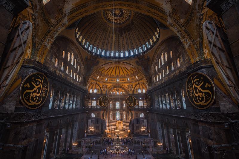 St-Sophia-Istanbul.jpg