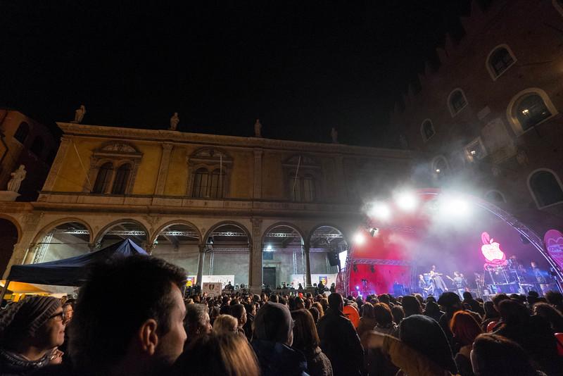 Verona_Italy_VDay_160213_29.jpg