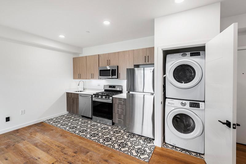 3 Yoav Shiiffman 6 units 438 Memphis Street-online-28.jpg