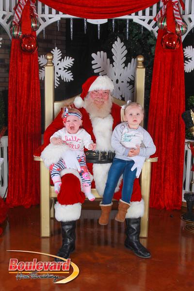Santa 12-10-16-318.jpg