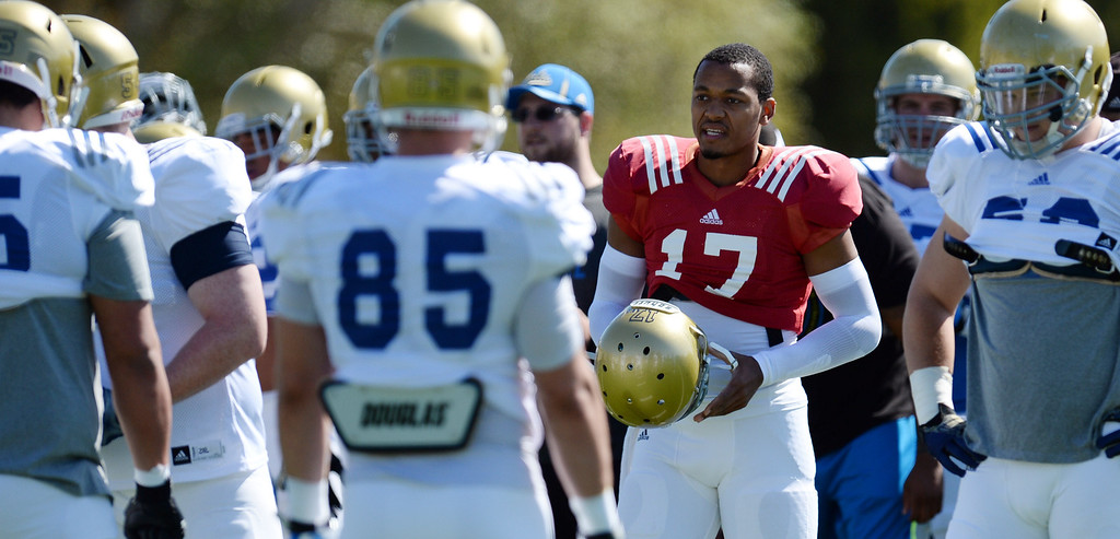 . UCLA quarterback Brett Hundley during football practice at  Spaulding Field on the UCLA campus Saturday 5, 2014.  (Photo by Hans Gutknecht/Los Angeles Daily News)