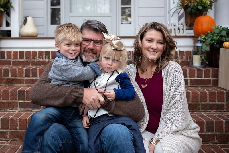 2019 November Ellis Family-134-210.jpg