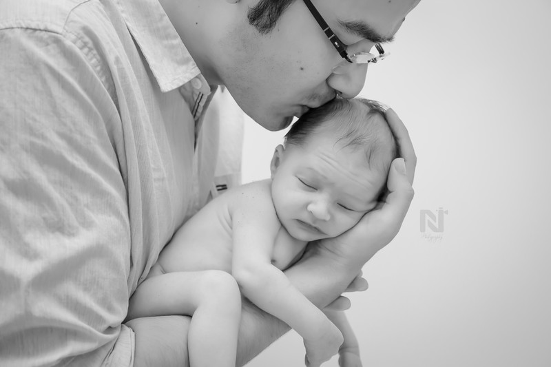 newborn-photography-candid-bangalore-12.jpg