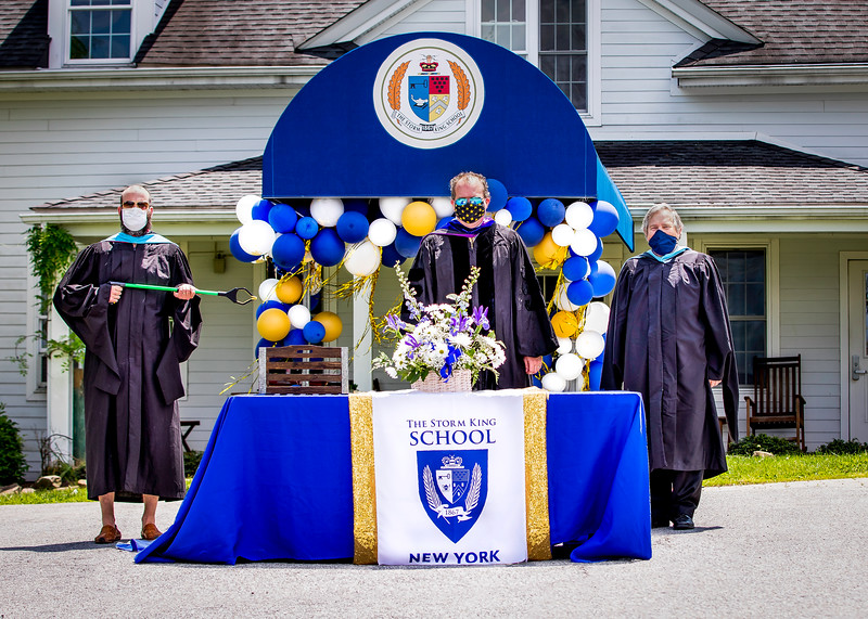 20_Graduation-2.jpg