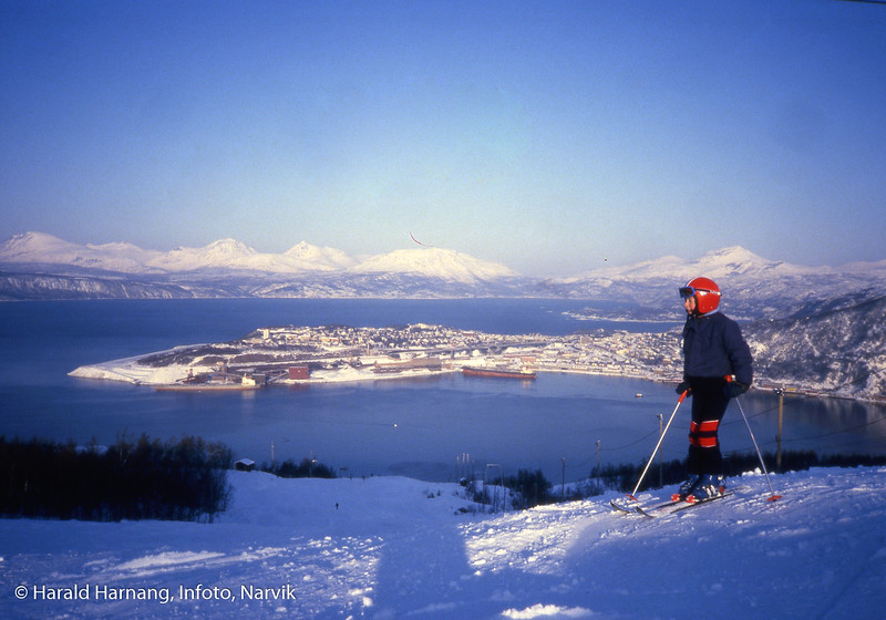 Ankenes alpinanlegg. I traseen Andreas Harnang.