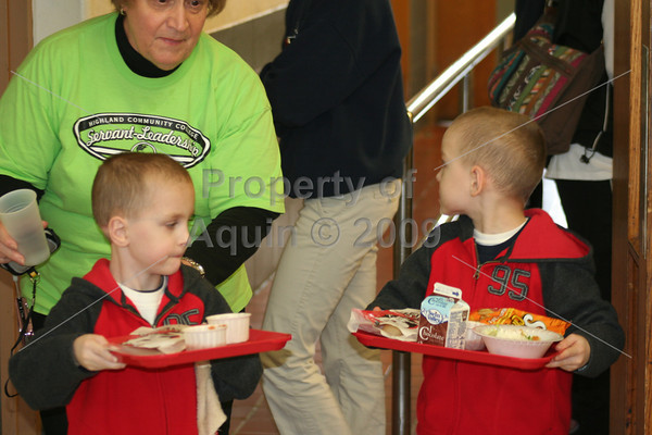 jayden and bayley lunch . 4.21.12
