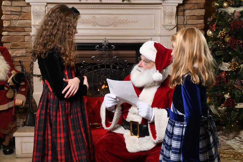 Santa2018.TylerBoye.-106.jpg