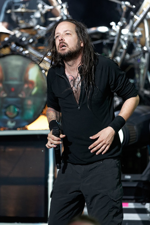 . Korn\'s Jonathan Davis performs at Mayhem Festival on Thursday, July 18, 2014, at DTE Energy Theatre, Independence Township. Photo by Ken Settle
