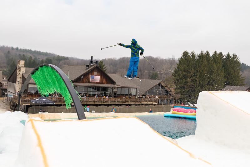 Pool-Party-Jam-2015_Snow-Trails-808.jpg