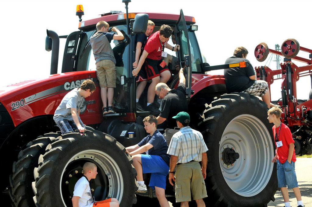 . Eighth-grade students learn about the Global Positioning System on a Case-IH tractor. (Pioneer Press: Jean Pieri)