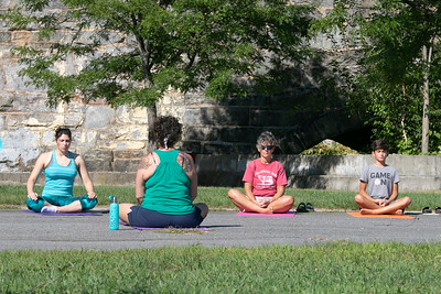 Yoga at Riverfront Park 090420