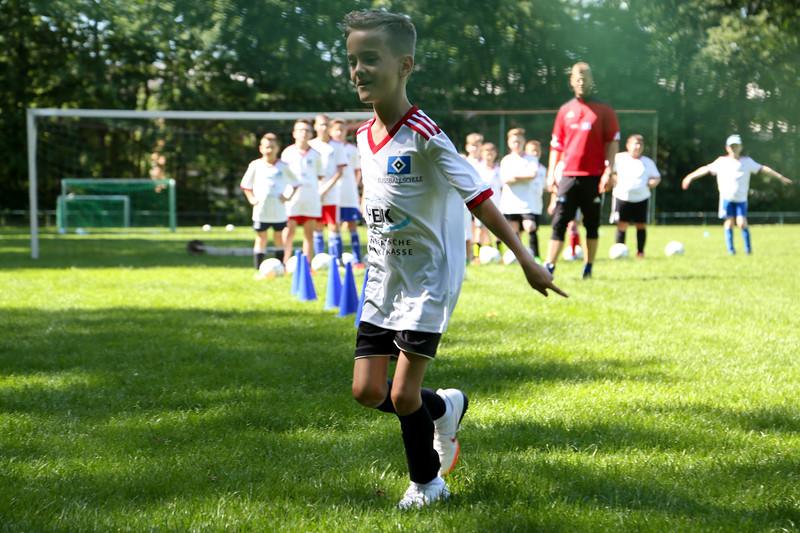 hsv_fussballschule-234_48047951906_o.jpg