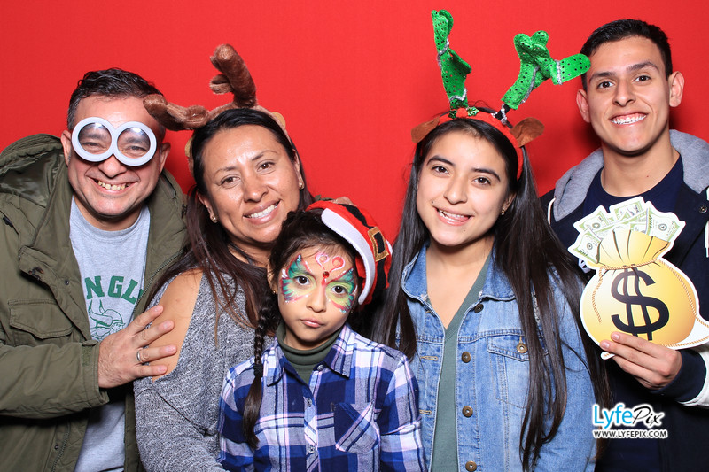 eastern-2018-holiday-party-sterling-virginia-photo-booth-1-72.jpg