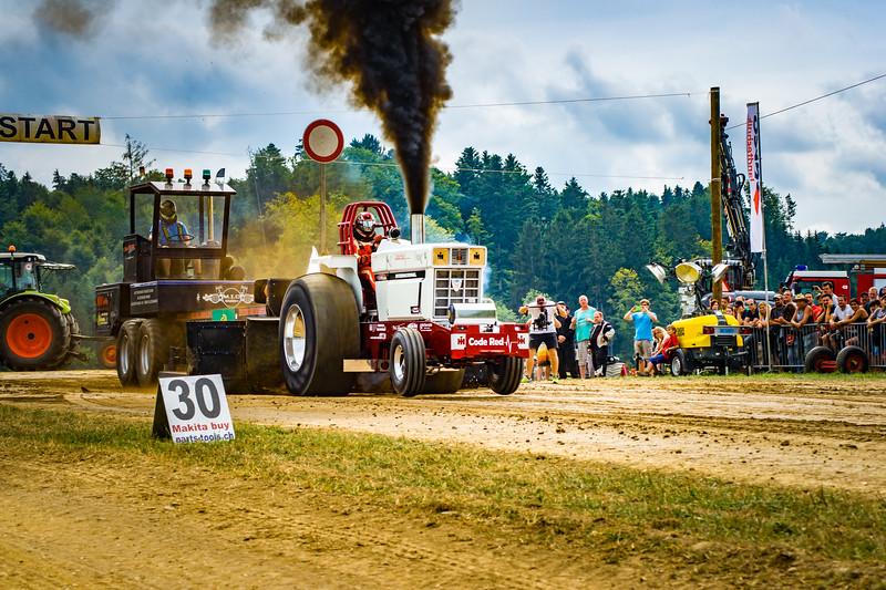 Tractor Pulling 2015-02448.jpg