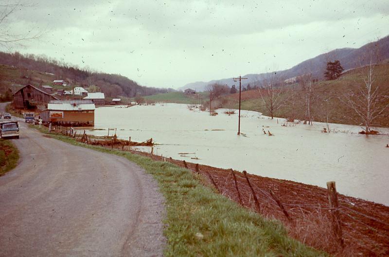 1977-''FLOODING 2''.jpg