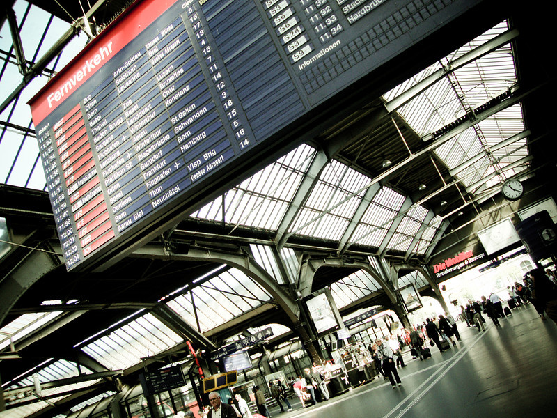 zurich train station 2.jpg