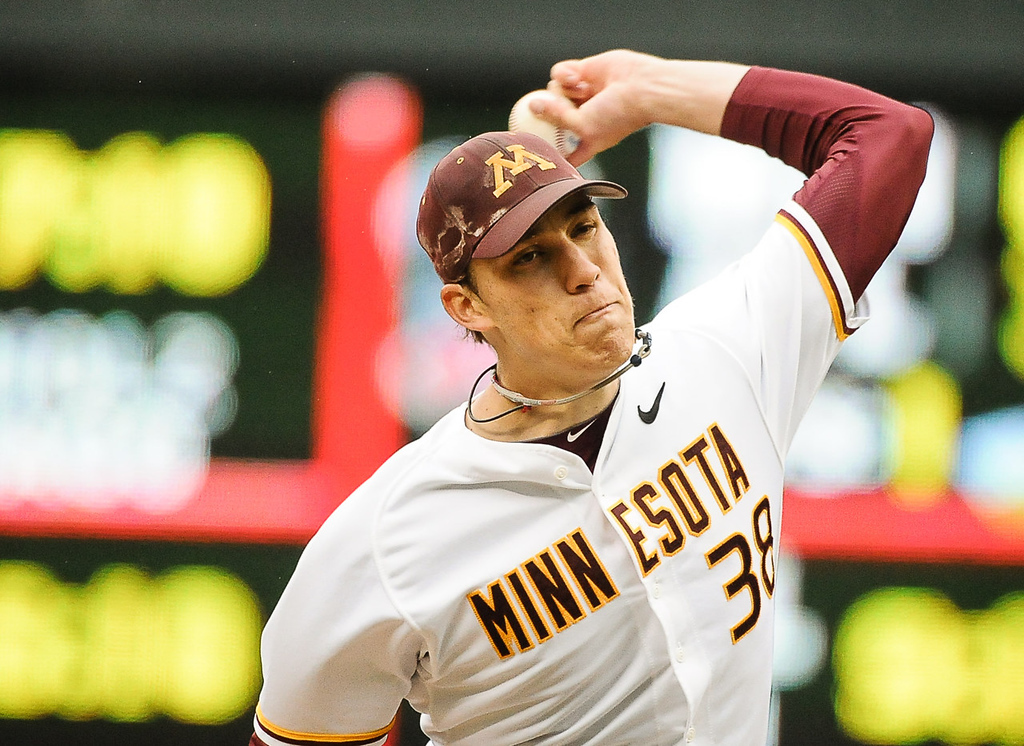 . Gophers starter Tom Windle throws in the first inning against Illinois. (Pioneer Press: Ben Garvin)