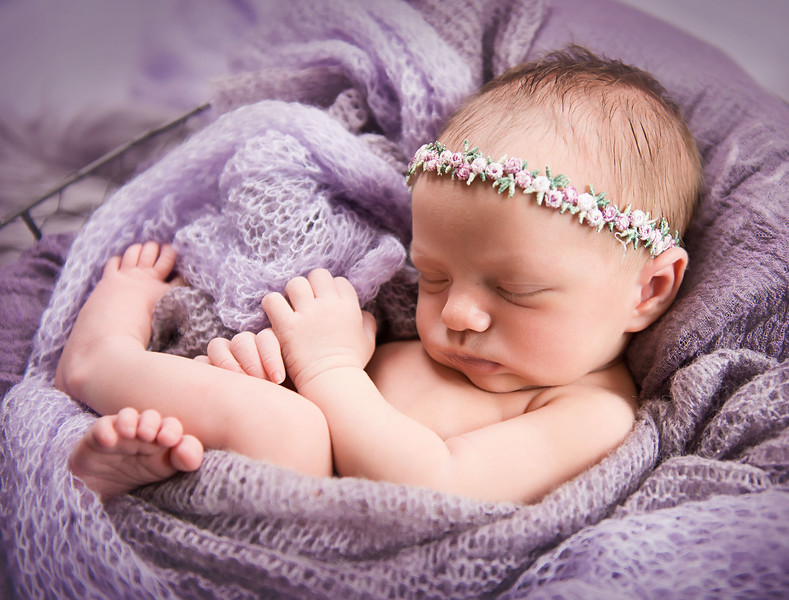 newborn pictures marion cedar rapids iowa 128.jpg